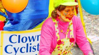 laetare-stavelot-clowns-cyclistes-4